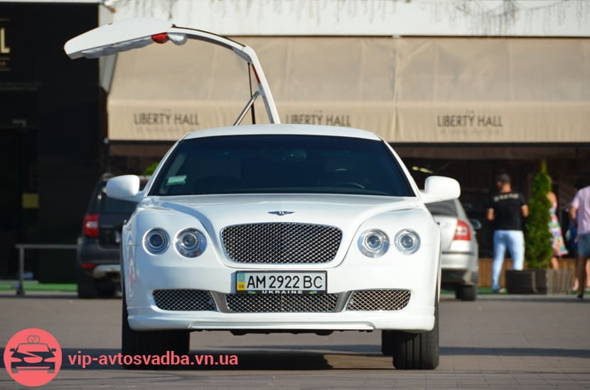 Bentley Continental Flying Spur лимузин
