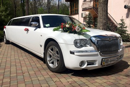 Chrysler 300C лимузин